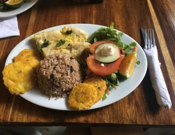 Fisch mit Reis und Bohnen - Costa Rica Style