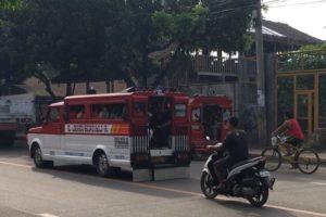 Jeepney in der Stadt